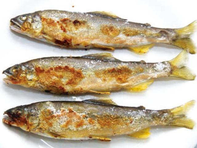 鮎フライパン焼き